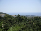 Blick über die Täler und die Küste von Marbella.