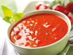 Tomatensuppe. Wie man Tomaten verpulvert.